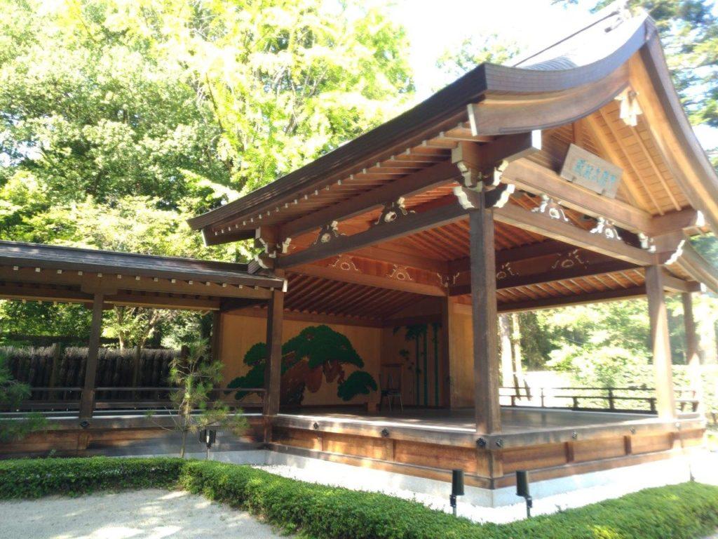 甲陽武能殿,武田神社