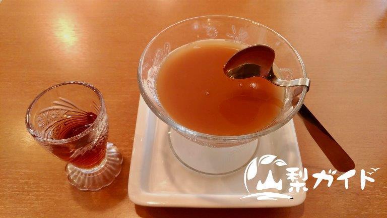 【喫茶マリーエ】アットホームな店内で名物そばプリンを食べよう