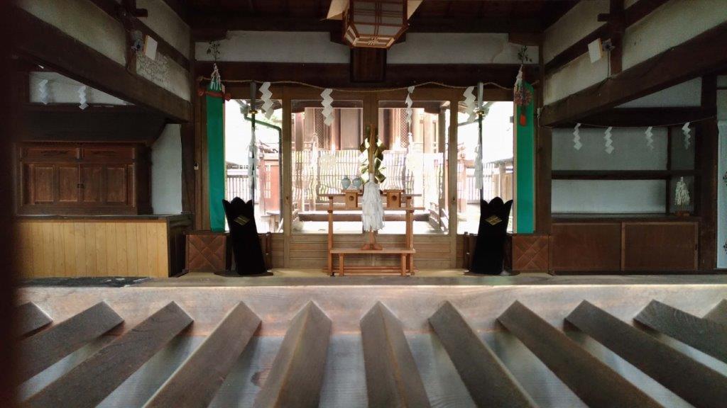 【参拝レポ】山梨岡神社の拝殿には守護や難除けの神様が祭られている